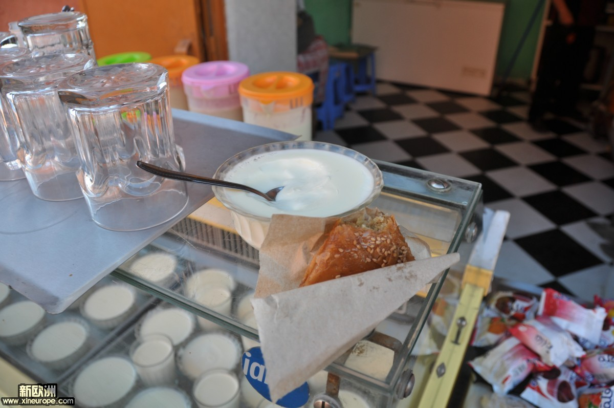 酸奶,小甜角.JPG