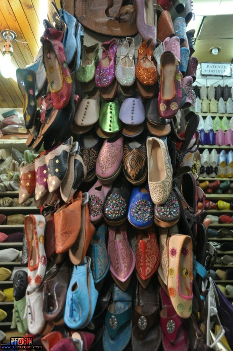 很多特色的小鞋.JPG