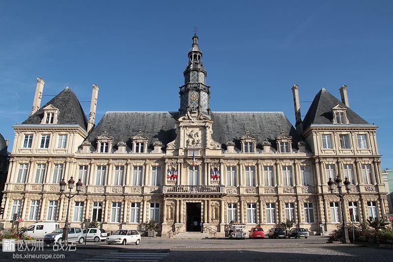 800px-Reims_Hotel_de_ville_2010.jpg
