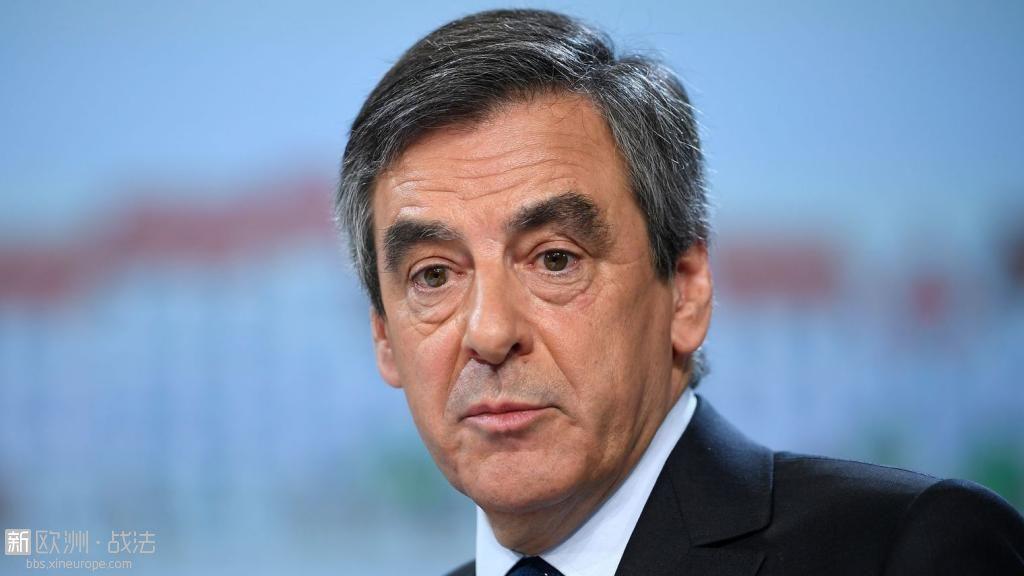 le-candidat-du-parti-les-republicains-a-la-presidentielle-francois-fillon-au-pal.jpg