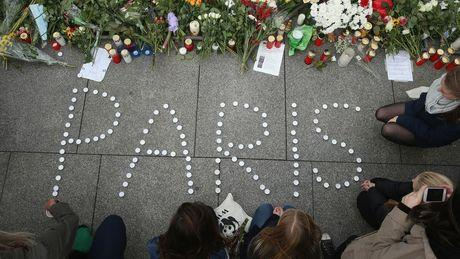 attentats-a-paris-et-maintenant-comment-aider_177514_w460.jpg