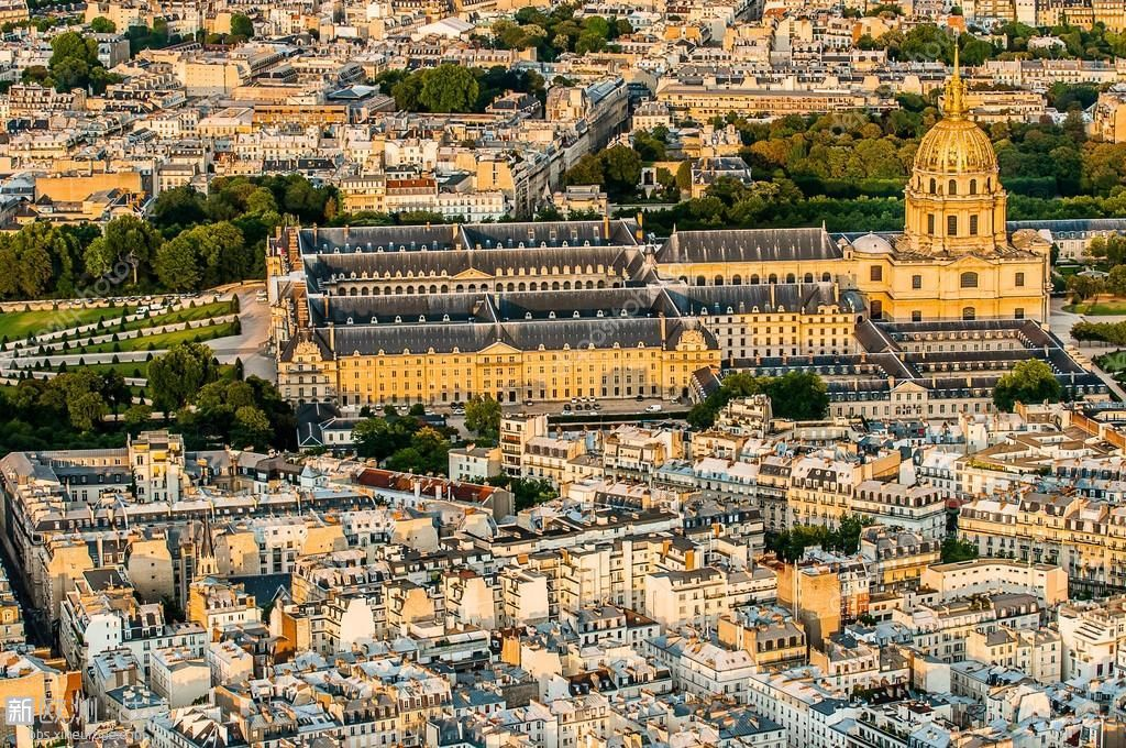 depositphotos_19122355-stock-photo-aerial-view-invalides-paris-cityscape.jpg