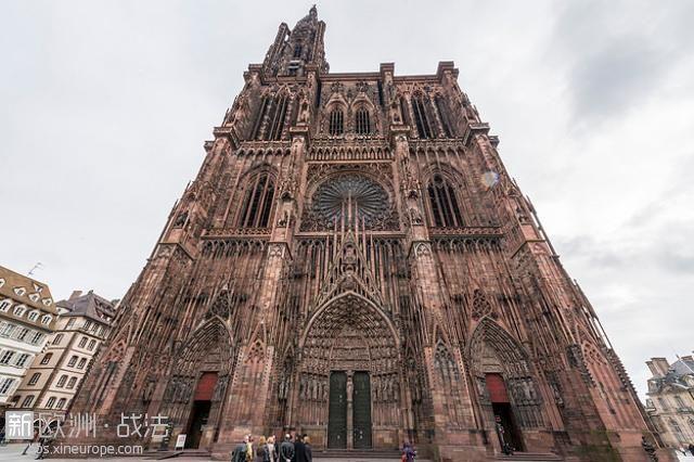 1496414141_StrasbourgCathedral.jpg