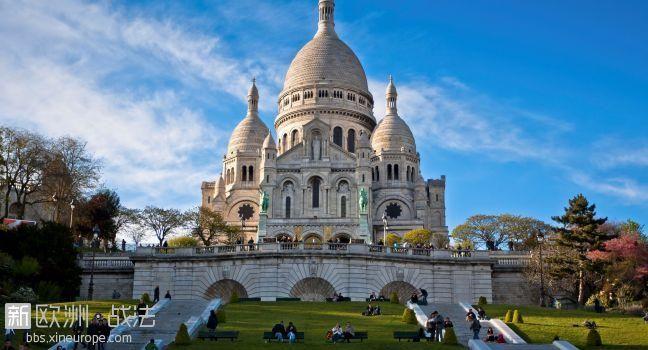 basilica-of-sacrecoeur-montmartre-paris-france_main.jpg