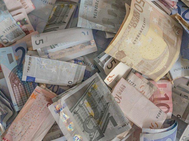 money-141163_640.jpg