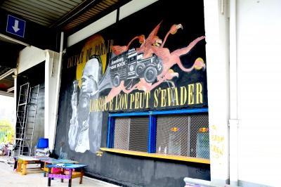 290610-laerosol-le-spot-tendance-des-amoureux-du-street-art-4.jpg