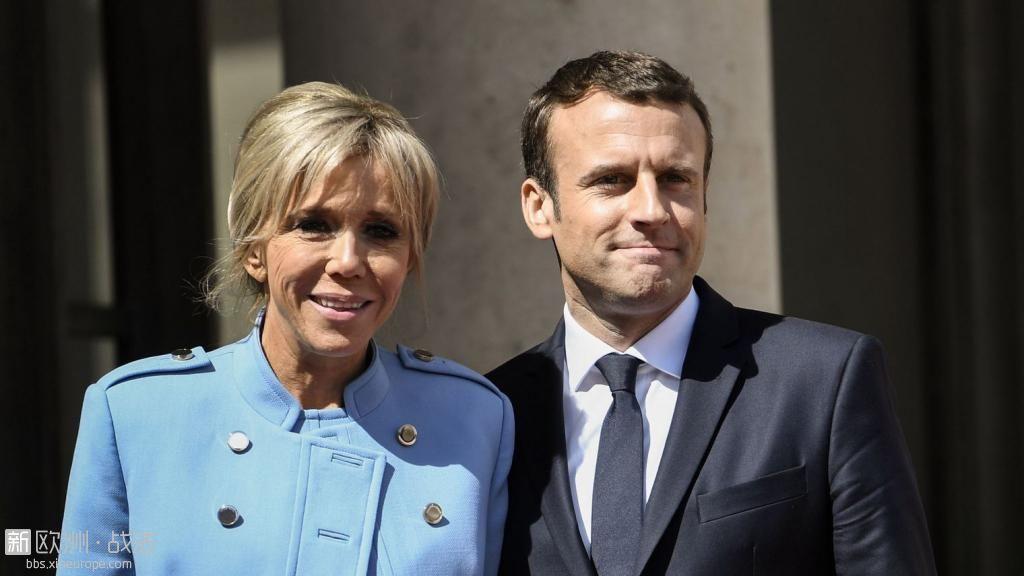 le-president-francais-emmanuel-macron-et-son-epouse-brigitte-le-14-mai-2017-a-pa.jpg