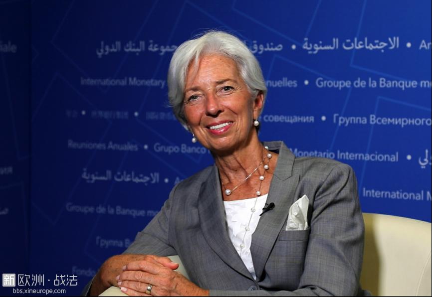 10月12日,IMF总裁拉加德在位于华盛顿的总部接受人民日报记者专访。                  人民日报记者高石摄 ...