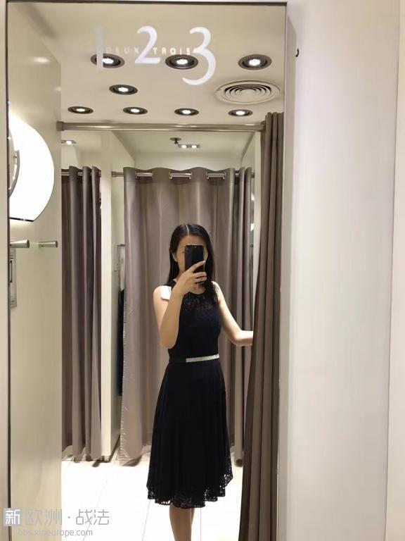 robe 123b.jpg