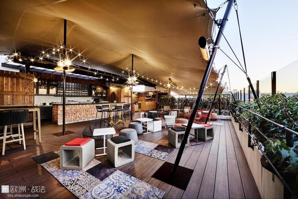 generator-hotel-paris-rooftop-parisbouge-1800215726.jpg