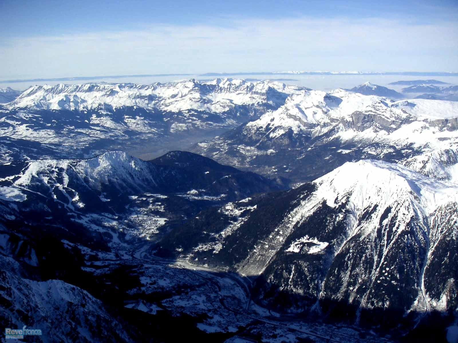 aiguille du midi 俯瞰群山