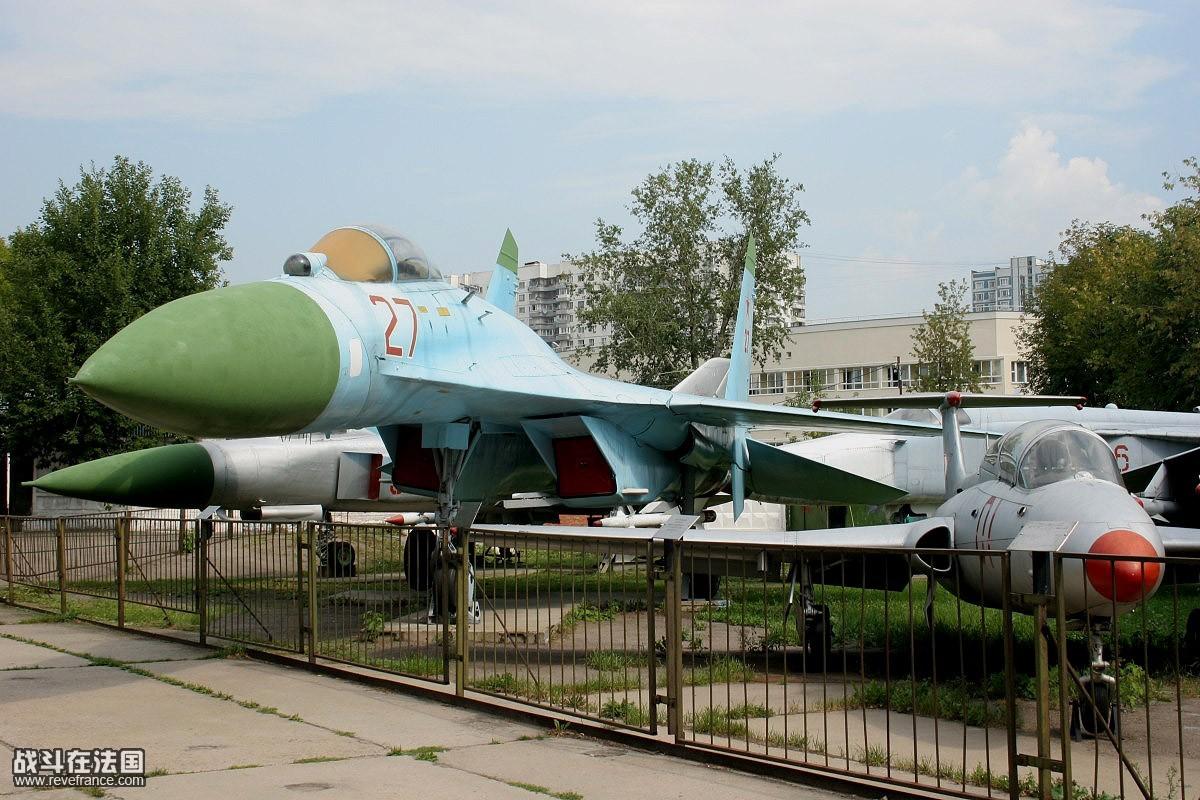带你走进世界最大飞机博物馆-苏联中央空军博物馆[]